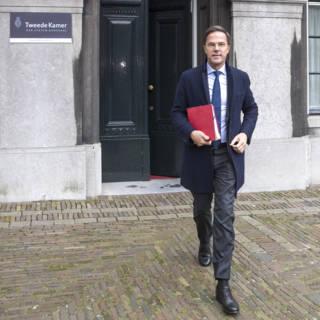 Bekijk details van Rutte gestart met laatste ronde van de formatie