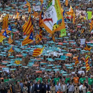 Betoging in Barcelona tegen Spaans ingrijpen