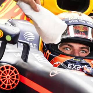 Hamilton opnieuw snel in training, nog werk voor Verstappen