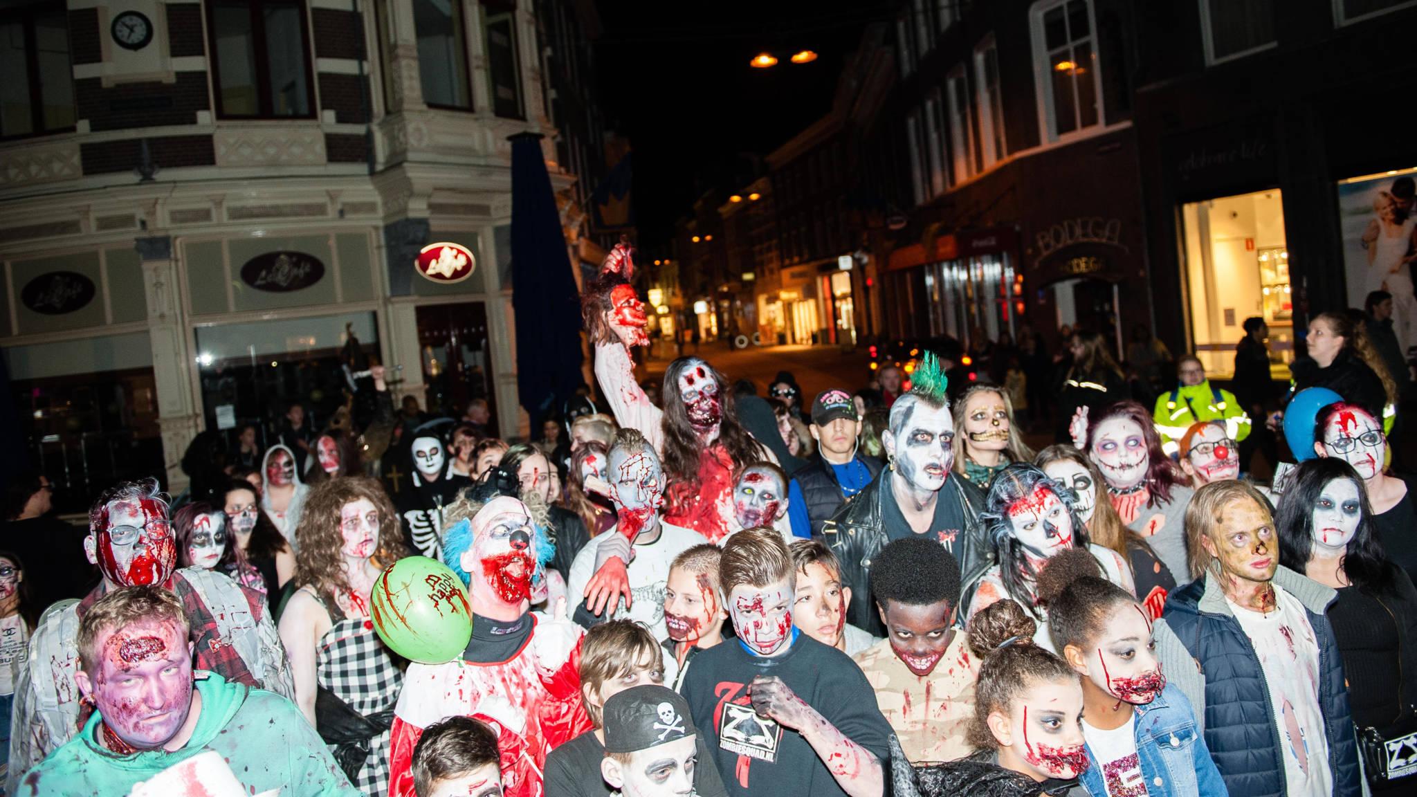 Halloween Pretparken Nederland.Halloween Even Omkleden En Je Staat In Een Andere Onder