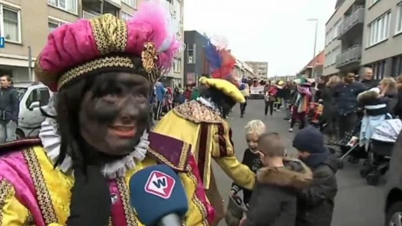 Grootste Sinterklaasintocht Van Nederland Met Roetveegpieten Nos