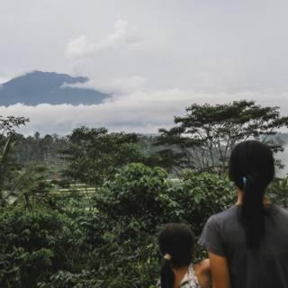 Bali-gangers gewaarschuwd voor onrustige vulkaan