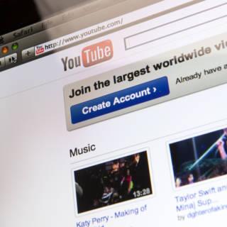 'Honderden bedrijven adverteren ongemerkt op omstreden YouTube-kanalen'