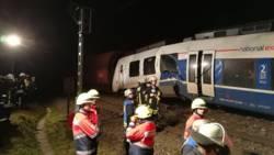 Tientallen gewonden bij treinbotsing bij Düsseldorf.