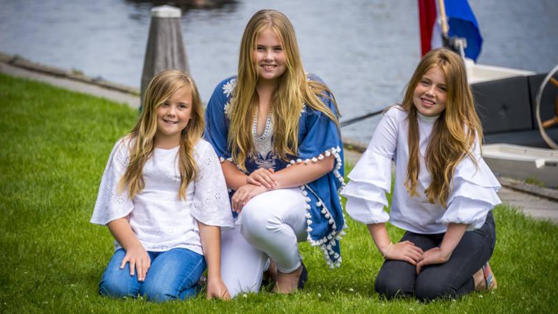 Prinses Amalia Viert Veertiende Verjaardag Nos