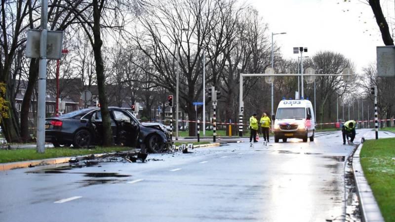 Drie gewonden bij zwaar ongeluk in Utrecht.