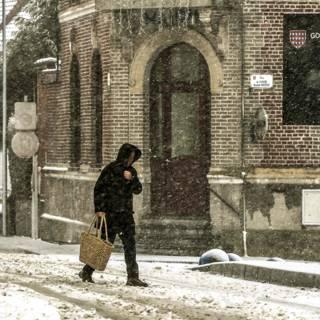 Bekijk details van Honderden vluchten geannuleerd in Europa door winterweer