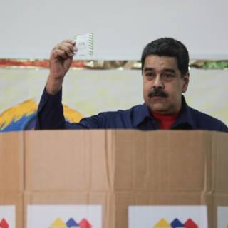 Bekijk details van Maduro ontzegt oppositie deelname presidentsverkiezingen
