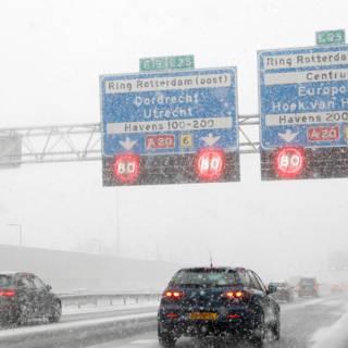 Avondspits in de sneeuw: nu al recordaantal files