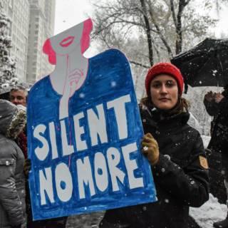 Vrouwen vertellen opnieuw over wangedrag Trump, vragen onderzoek Congres