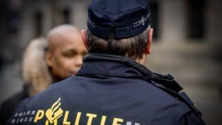 Proef: agenten krijgen app om etnisch profileren te voorkomen