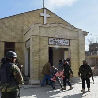 Doden bij zelfmoordaanslag op kerk in Pakistan