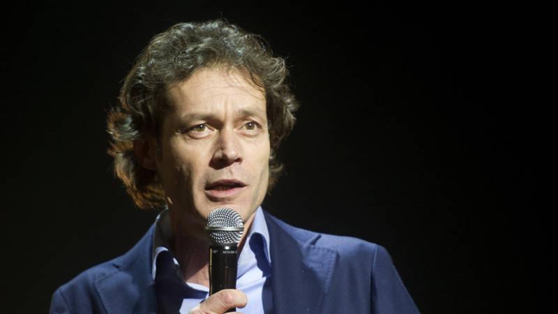 Presentator Joost Karhof (48) overleden   NOS