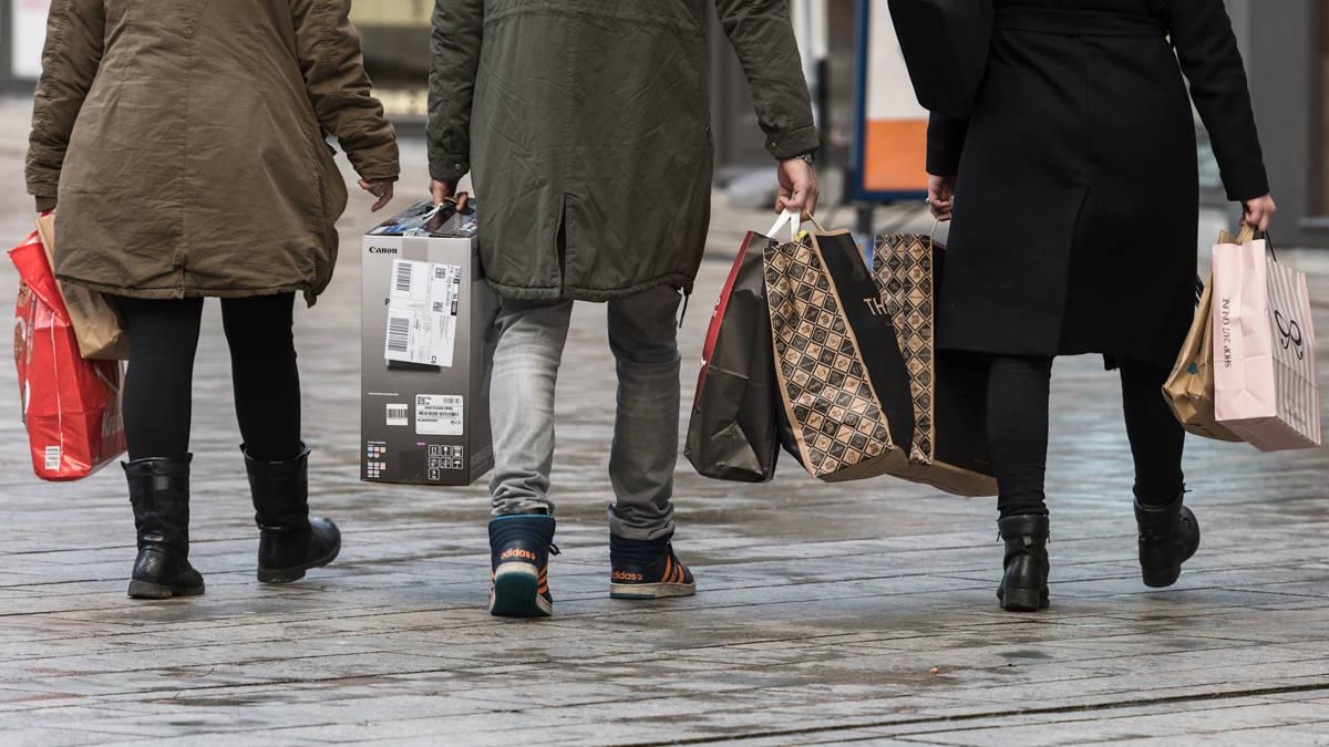 Koopkracht blijft achter door stijgende prijzen, zegt Nibud