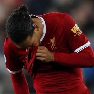 Held Van Dijk nu de schlemiel bij Liverpool