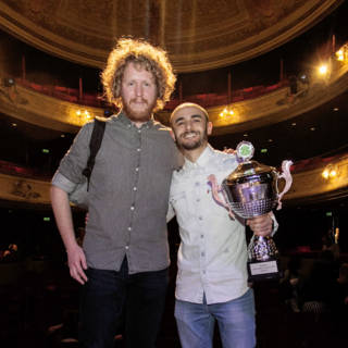 Bekijk details van Farbod Moghaddam wint Leids Cabaret Festival