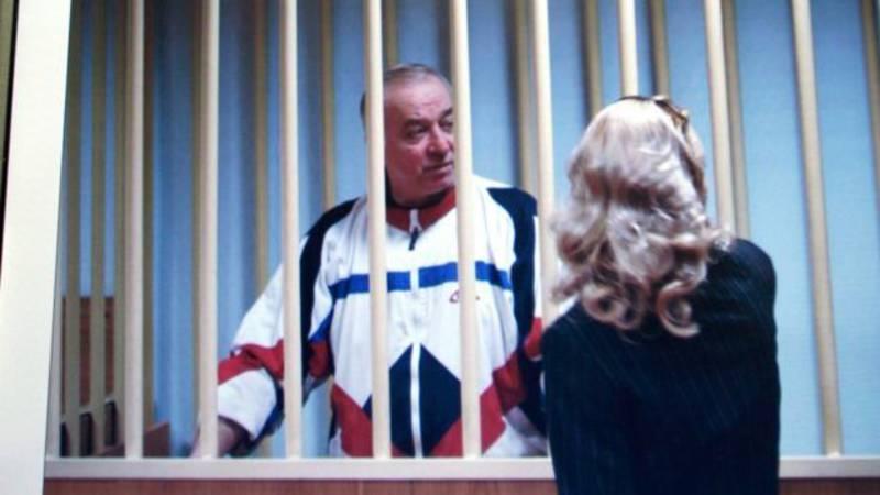 Vroegere Russische spion vergiftigd in winkelcentrum