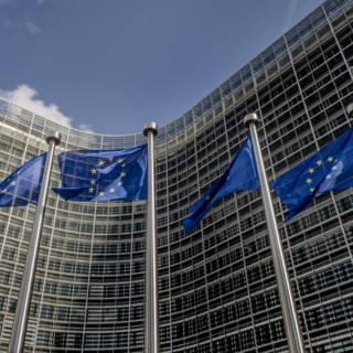 '3 procent omzetbelasting voor internetgiganten in EU-lidstaten'