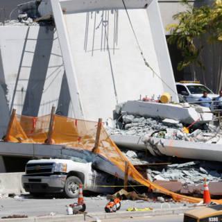 Ingenieur ingestorte brug in Miami maakte melding van scheuren