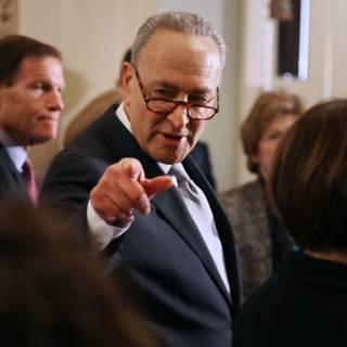 Democraat vraagt Republikeinse leiders om steun voor Mueller
