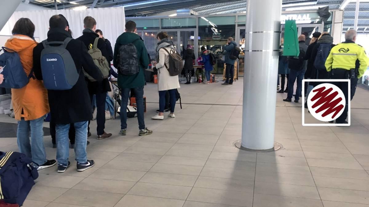 Verkiezingsblog: flinke rijen op Utrecht CS en lammetjes in stembureau