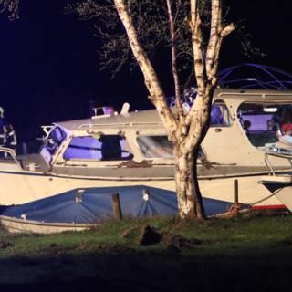 Twee zwaargewonden door gasexplosie op jacht in Terherne