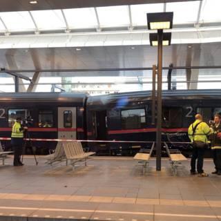 Bekijk details van Zeker veertig gewonden bij treinongeluk in Salzburg