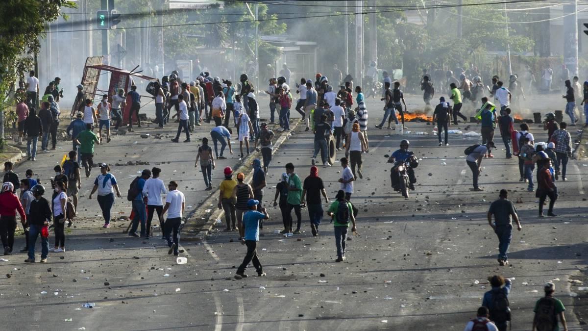 President Nicaragua wil praten over omstreden wet, protesten houden aan