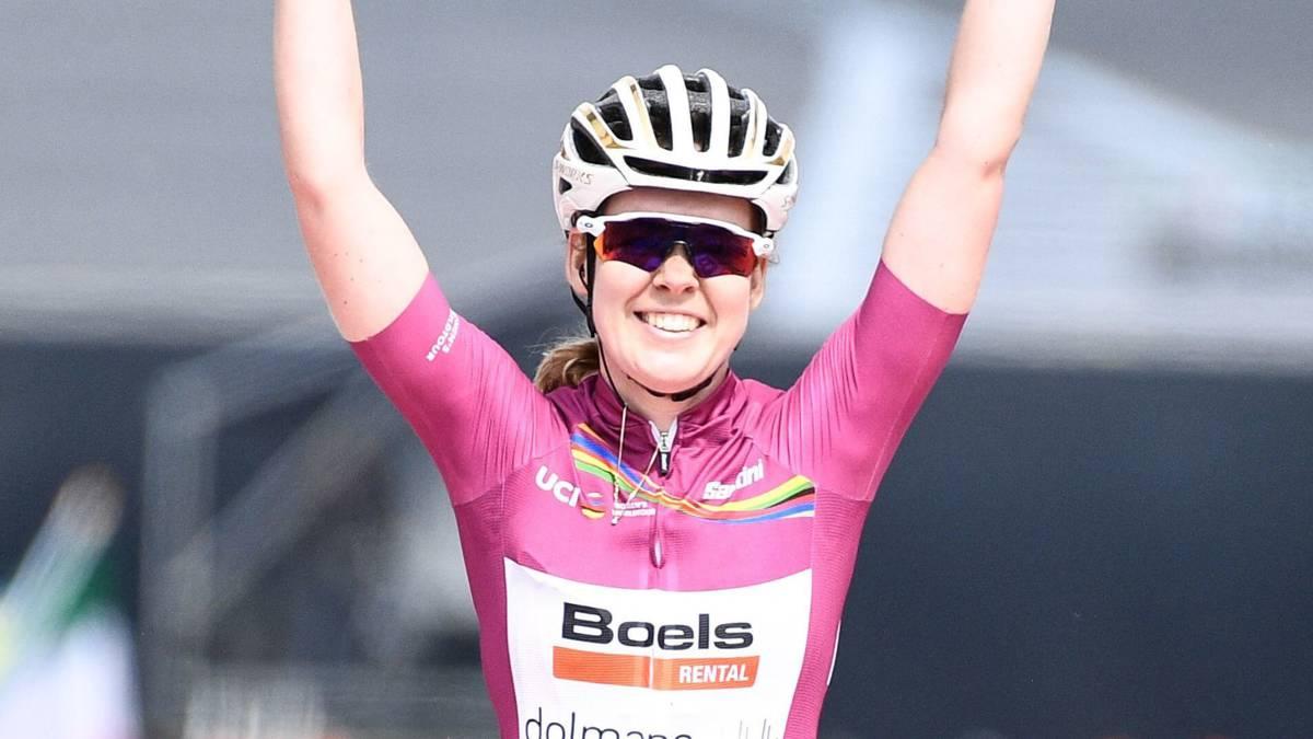 Ongenaakbare Van der Breggen wint weer in Luik-Bastenaken-Luik