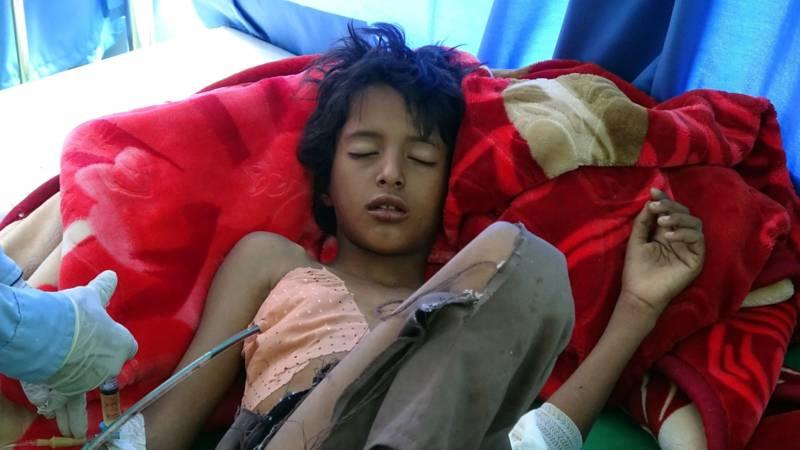 Yemeni boy victim of Saudi airstrike in hospital, AFP photo