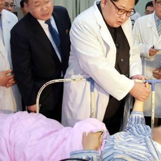 Kim Jong-un bezoekt Chinese overlevenden busongeluk