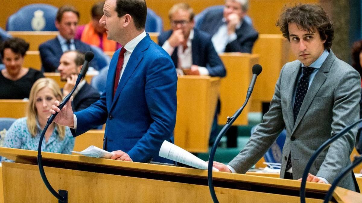 Bijna hele oppositie steunt motie van afkeuring tegen Rutte