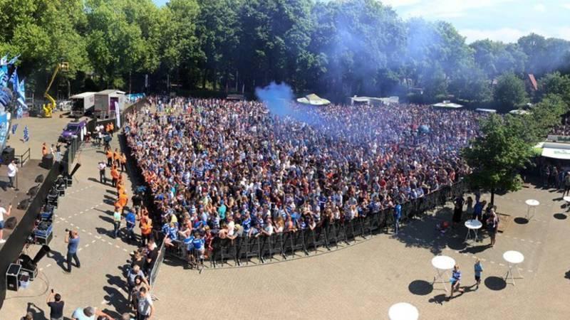 De Graafschap Gehuldigd Bij Stadion De Vijverberg In