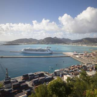 Bekijk details van OM wil onderzoek naar misstanden haven Sint-Maarten