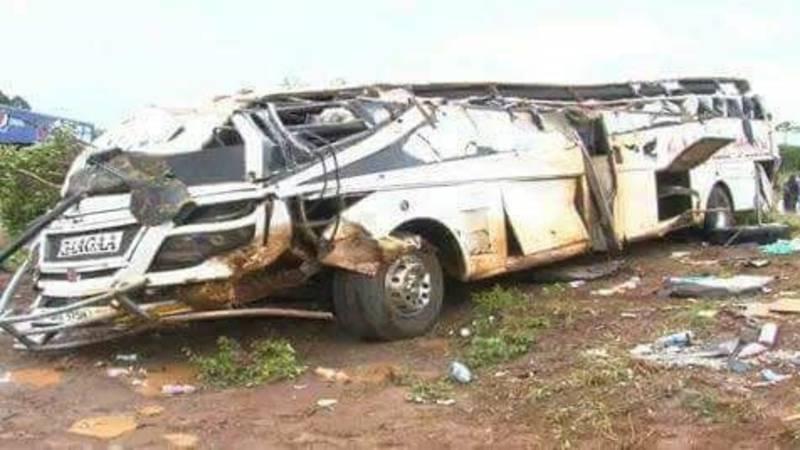 Zeker 22 doden bij busongeluk in Uganda.