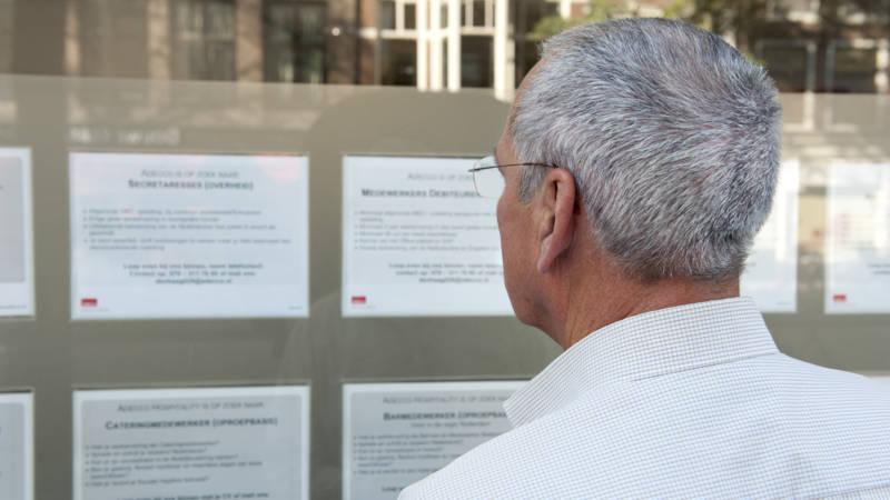 Ouderen in tienduizenden vacatures gediscrimineerd
