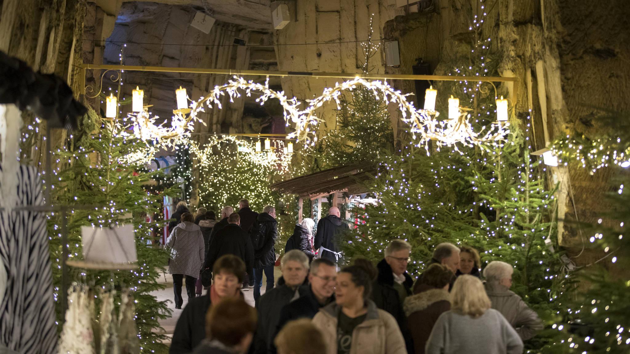 Valkenburg Maakt Druk Bezochte Kerstmarkt In Grotten Veiliger Nos