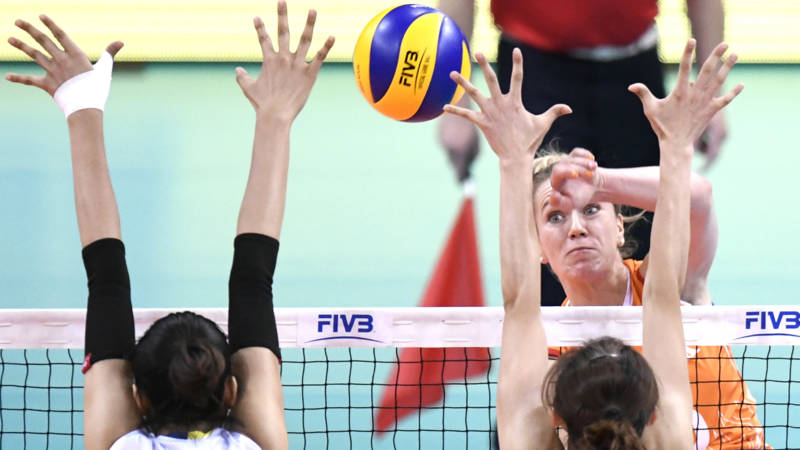 Zege op China helpt volleybalsters naar finale Nations League