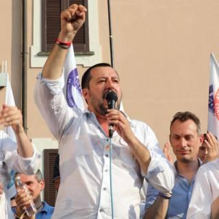Italiaanse minister wil Roma-telling en degenen zonder papieren uitzetten