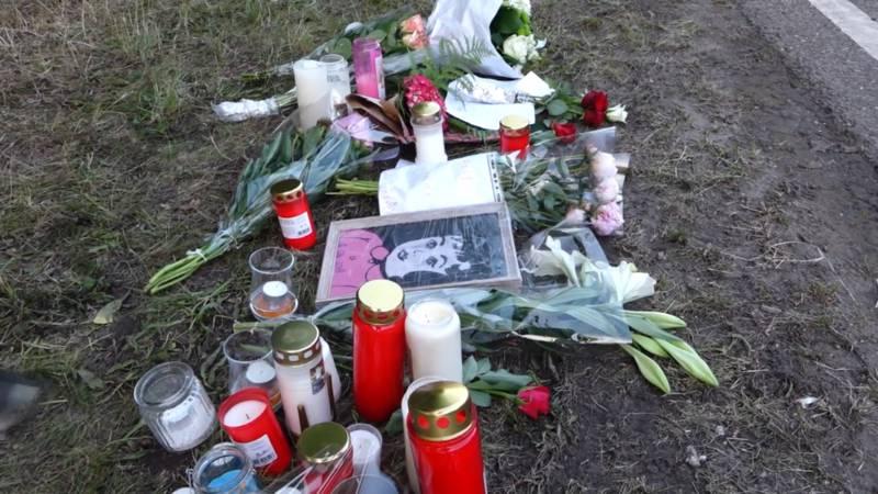 Bloemen voor de slachtoffers van aanrijding bij Pinkpop.
