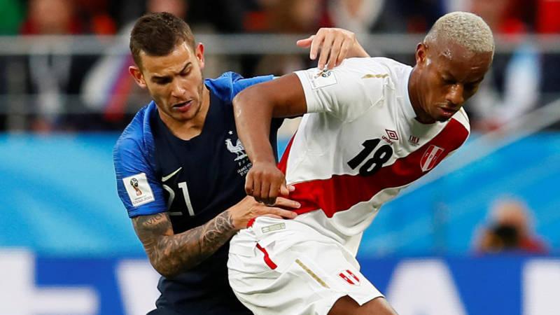 Peru vecht voor laatste kans; Frankrijk leidt door goal ...