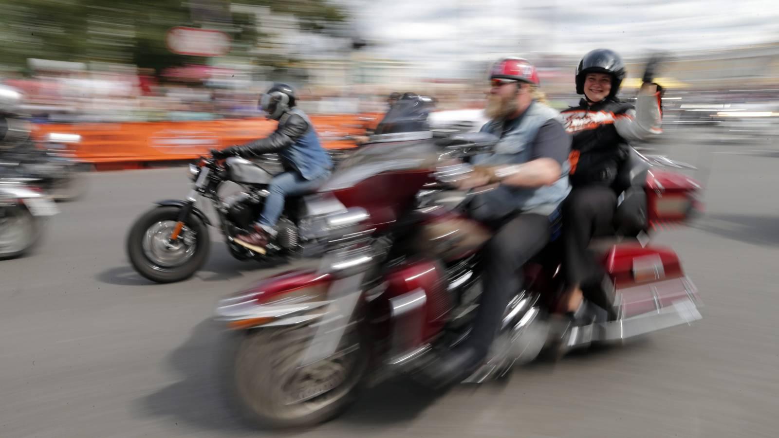 Harley Davidson rijders dating site Hoe te breken met iemand online dating