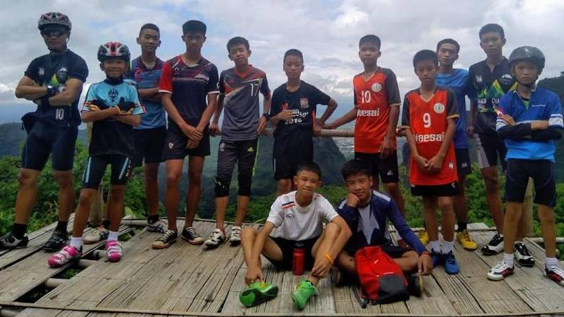 Jongens Uit Grot In Thailand Na  Dagen Levend Gevonden Nos Jeugdjournaal