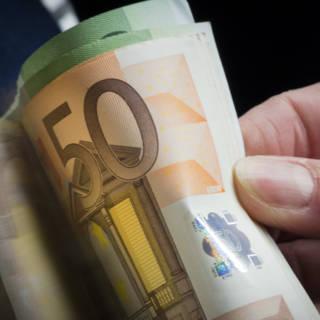 Bekijk details van Oud-schooldirecteur verdacht van verduistering tienduizenden euro's