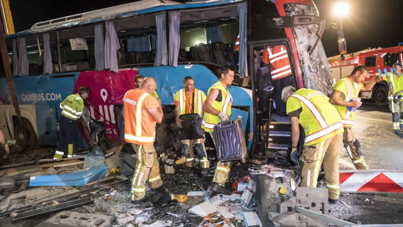 21 gewonden bij busongeluk België, onder wie Nederlanders.