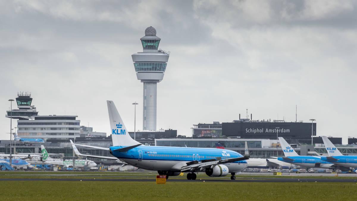 Vliegverkeer Schiphol volledig hervat, nog wel flinke vertragingen