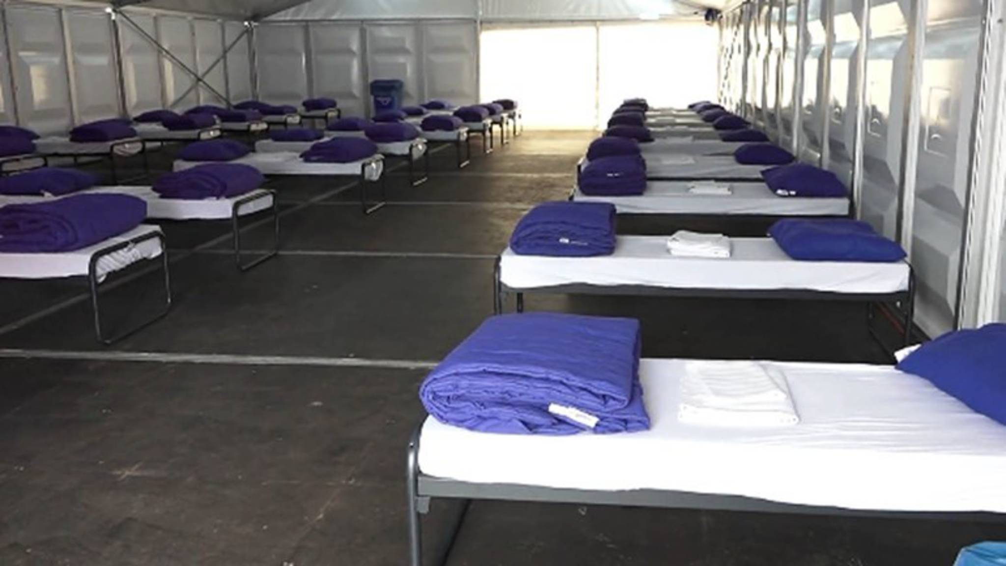 Studenten tentenkamp Groningen niet populair, 'daar slapen