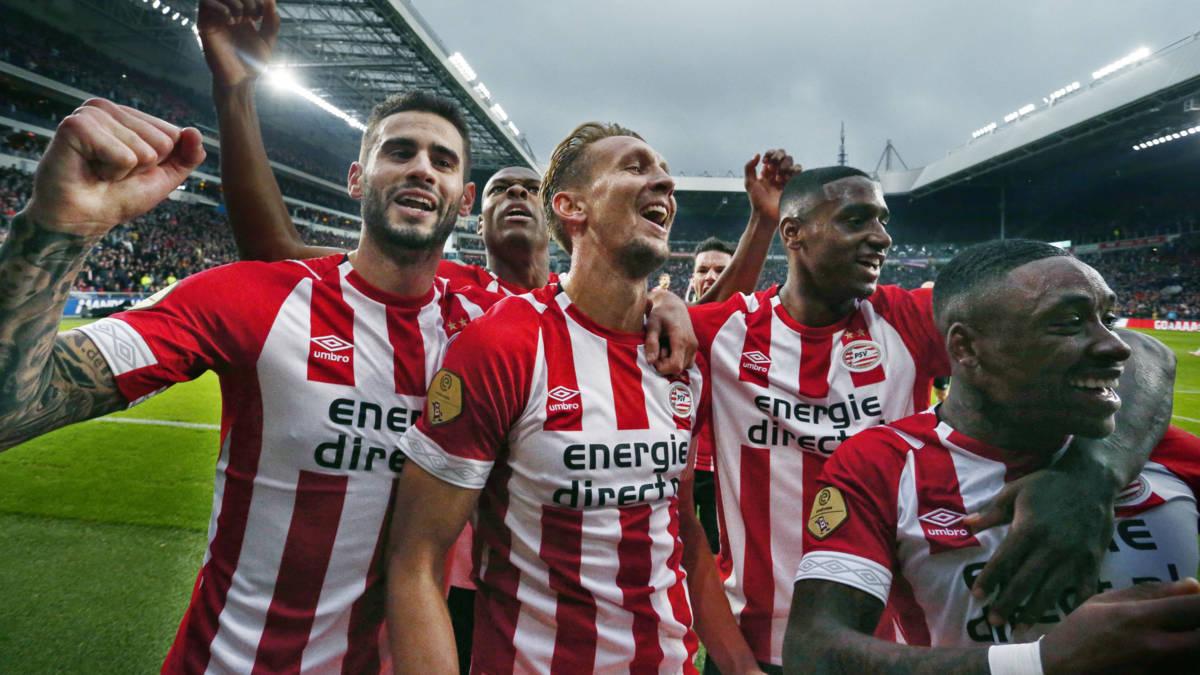 Luuk de Jong looft mentaliteit PSV: 'Dit team wil écht winnen'