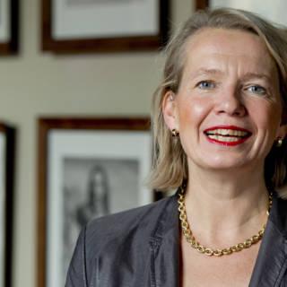 Bekijk details van VVD-senator: zakelijke belangen eigen bedrijf speelden geen rol