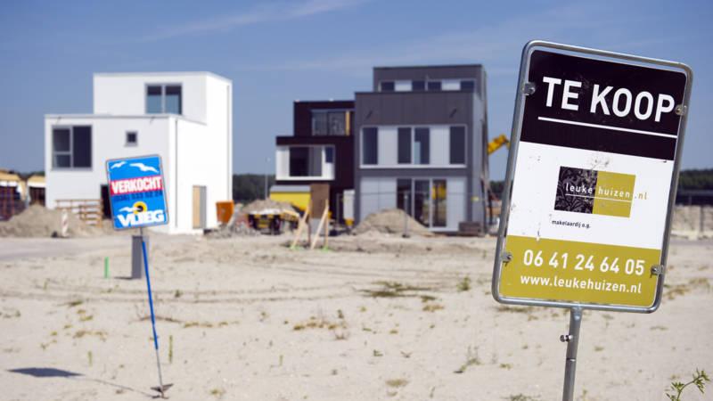 'Gewone' huizenkoper afgetroefd door expats en multinationals